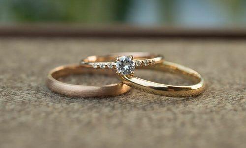 杏、東出結婚指輪