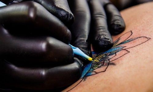 芸能人 タトゥー 女性 意外 DQN 刺青 和彫り