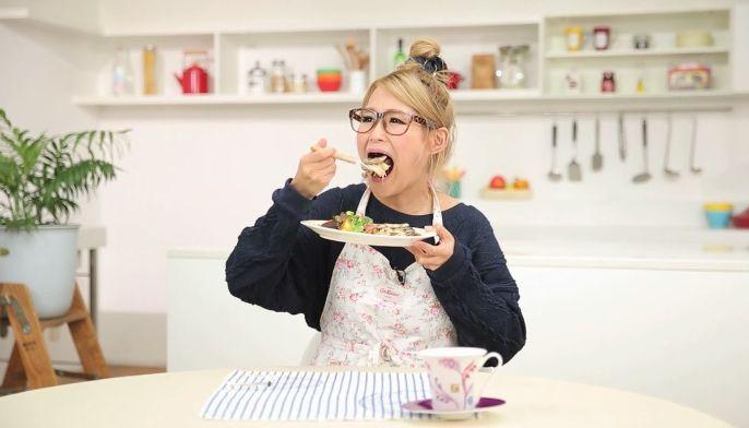 過食嘔吐 大食いユーチューバー 大食い番組の闇を元ADが暴露!「みんな収録後に吐いてる……」|日刊サイゾー