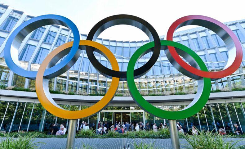 オリンピック 中止いつ決まる?